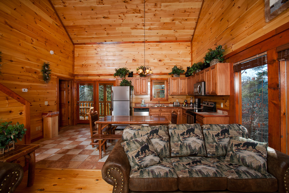 Pigeon Forge, TN Bear's Bliss Cabin Img 4